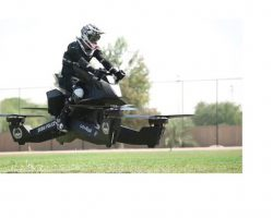 迪拜(Dubai)2020年  将有警察驾驶飞行摩托
