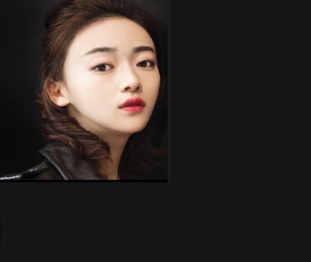 中国(China)女星  吴谨言(Wu Jinyan)  清新淡雅气质赢得观众缘
