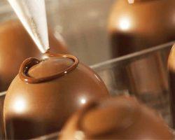 有巧克力中的劳斯莱斯之称  Godiva靠品牌实力走过90年
