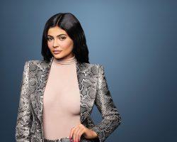 美国(United States)社交媒体名人 凯莉·詹娜(Kylie Jenner) 成为美国史上最年轻亿万富豪